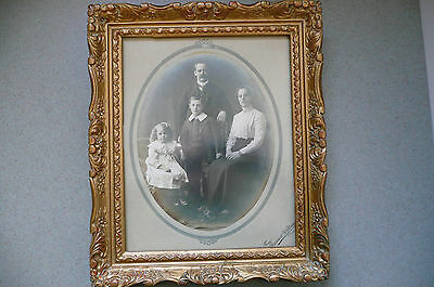 Vintage / Antique  Framed Unknown Family Photo  25 x 30 cm