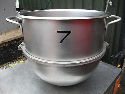 30 Quart Stainless Steel Mixing Bowl No7