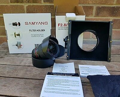 Pentax fit Samyang 14mm F/2.8 AS UMC IF ED Lens. Immaculate,