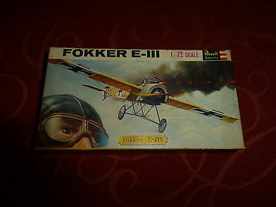 Revell model kit Fokker E-III  1/72 scale unmade and complete vintage kit