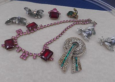LOT VINTAGE ESTATE JEWELRY  rhinestones mixed salvage or fix sold as found