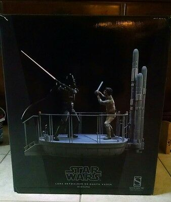 """Sideshow """" I Am Your Father"""" Luke Skywalker VS Darth Vader Bespin Diorama Statue"""