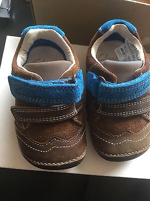 Brand New In Box Clarks Baby Boys First Walker Shoes Size 2H Brown Tiny Flash