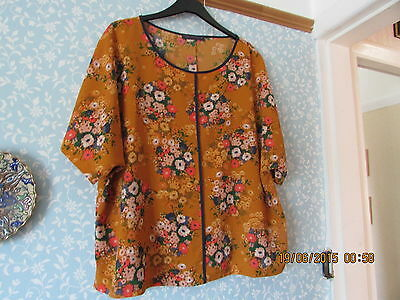"""New M&s Blouse Size 20 22"""""""
