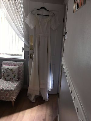 Wedding Dress Vintage Ivory Cream Train Bridal Dress Lace Hippy Boho Size 8 10