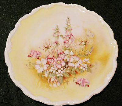 "Royal Albert Plate ""Meadows with Delight"" from the Shakespeare's Flowers Set -EC"