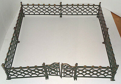 Rare J & E Stevens Victorian Toy Cast Iron Kenton Green & Gilt Fence Circa 1880