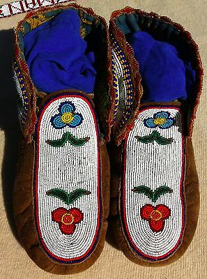 Vintage Pair Of Northern Plains  Indian Beaded Moccasins