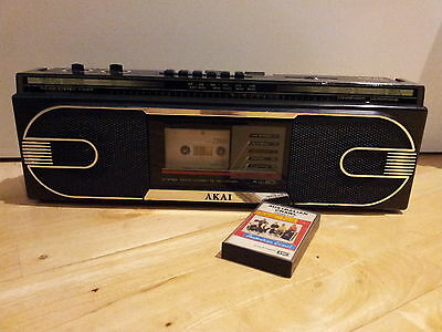 reTrO 80s  Portable AKAI AJ-201 Radio Cassette Boombox Mancave Working  Can POST