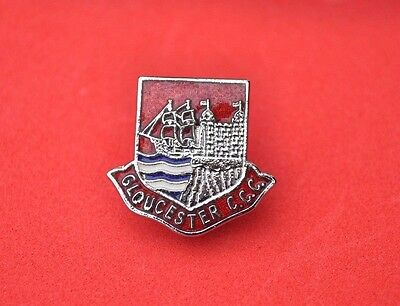 Gloucester County Cricket Club  enamel pin badge