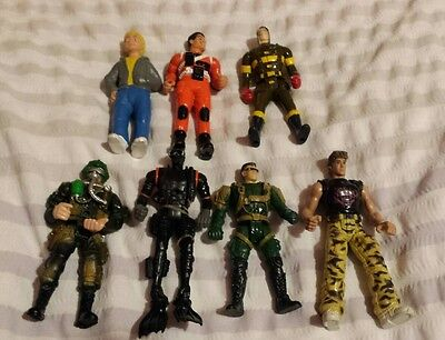 figures x 7 mixed lot army action men (lot 4)