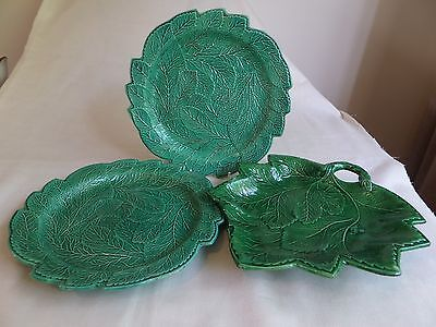 Vintage 19C English Green Leaves Majolica Plates X 2 And A Leaf Dish, Total 3 It