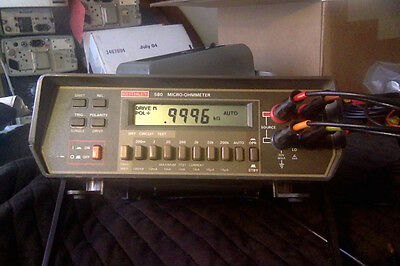 Keithley 580 Micro-ohmmeter with pouch and test leads