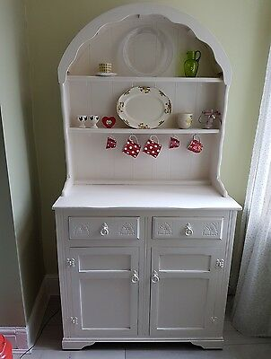 Cute Vintage White Wooden Old Dresser Sideboard Display Cabinet