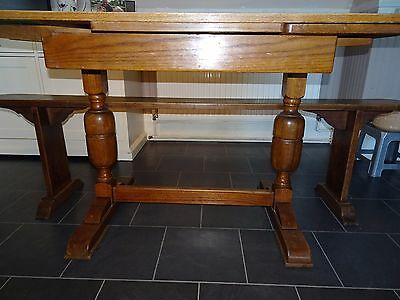 Arts And Crafts  Antique Style Oak Table - Draw Leaf - Extendable  - Seats 4-8