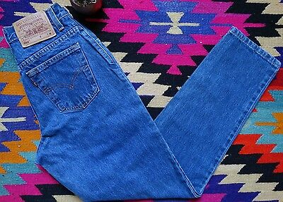 "Vintage Womens 90s LEVIS 550 Mom Tapered Jeas Dark Wash Sz 6 28"" High Waist"