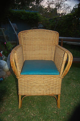 Comode, cane bedroom chair