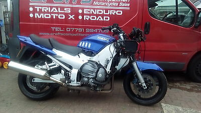2001 Yamaha fjr 1300 spares or repairs project barn find