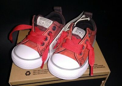 Brand New kids Converse Slip On No 'Time For Laces' Size 4 Chuck Taylor