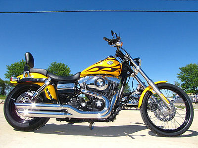 Harley-Davidson DYNA WIDE GLIDE FXDWG WIDE GLIDE FXDWG 2011 HARLEY-DAVIDSON DYNA WIDE GLIDE FXDWG CHROME YELLOW BLACK FLAMES 3,686 MILE