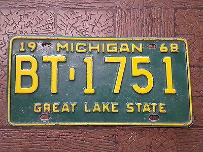 1968 Vintage MICHIGAN  License Plates ~ BT 1751 ~ Great Lake State GREAT COLOR