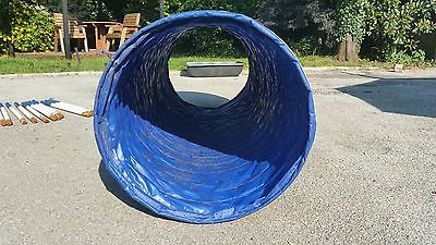 Dog Agility Tunnel for large dog - weatherproof material with 2 x sandbags VGC