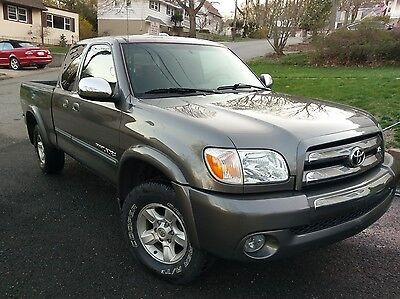 2006 Toyota Tundra  2006 Toyota Tundra great condition! New parts!!! Carfax 1 Owner!!!