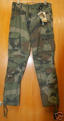 OUTDOOR/Hunting trousers in Woodland Colour, Green, Black - Brand New -