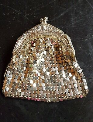 VINTAGE 1920S SMALL SILVER MESH COIN PURSE 7cm