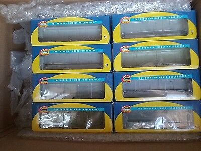 Lot of 24 Athearn RTR Boxes Yellow & Blue **EMPTY BOXES**