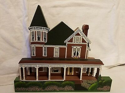 1996 Shella's Collectables Frank Hastings House Townsend Wa Made Usa Pre Owned