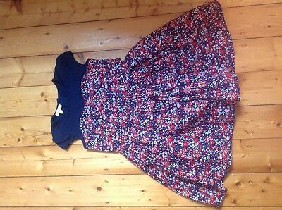 Girl's flowery party dress, size 6. Good condition.