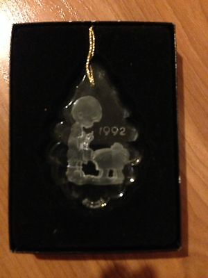 PRECIOUS MOMENTS CHRISTMAS ORNAMENT LEAD CRYSTAL 1992 pr