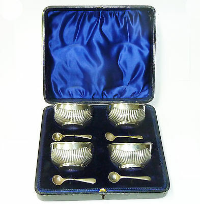 Antique Set of Four Solid Silver Hallmarked Salts & Spoons in Original Case 1906