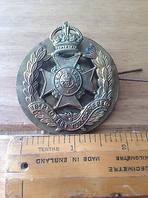 Ww1 & Ww2 Royal West Kent White Metal Cap Badge By Gaunt