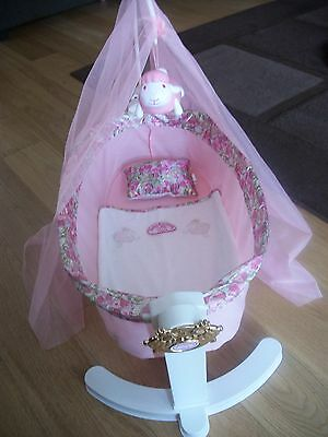 Baby annabell swinging musical crib very good condition