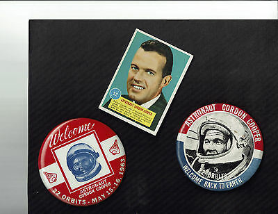 Astronaut Gordon Cooper Mercury Flight 2 Large Buttons + Trading Card Nasa 1963