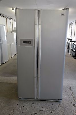 LG USA Style American Frost Free Freestanding Fridge Freezer in Silver