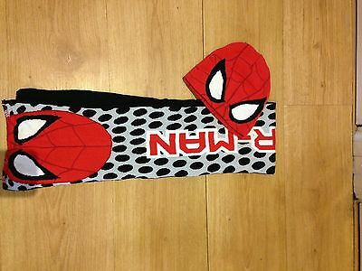 Boys Spider-Man Hat And Scarf Set Age 2/4 Years