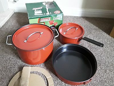 Coleman 6-Piece Red/black Family Cookset Camping,barbecue,caravan,etc.new/unused