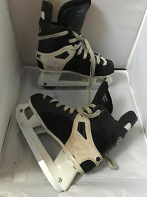 CCM 252 Tacks Ice Skates. Size 4 Uk.. 37 EU