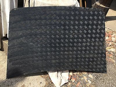 Land Rover Discovery 1 Black Heavy Duty Chequer Plate Bonnet Protector