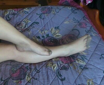 Ladies bearly black 15 denier tights  reinforced toes different pics of tights