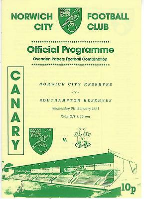 NORWICH CITY RESERVES v SOUTHAMPTON 90-1 Football Combination Programme