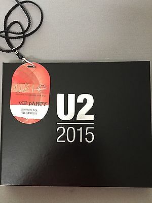 U2 iNNOCENCE + eXPERIENCE 2015 TOUR: LIMITED EDITION VIP FAN GIFT BOOK perfect