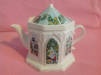 "Wade ""English Life"" 2-Cup Teapot.. Conservatory.. Great Condition.."
