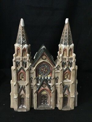 Heartland Valley Village Christmas DELUXE PORCELAIN LIGHTED HOUSE Church
