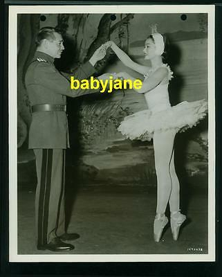 Clark Gable Gene Tierney Vintage 8X10 Photo Ballerina On Point 1953 Mgm
