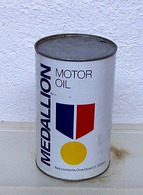 Vintage Gulf Medallion motor oil tin can imperial quart garage display