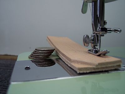 """INDUSTRIAL STRENGTH HEAVY DUTY SEWING MACHINE 16oz Leather 3/8"""" Lift """"EXC COND"""""""